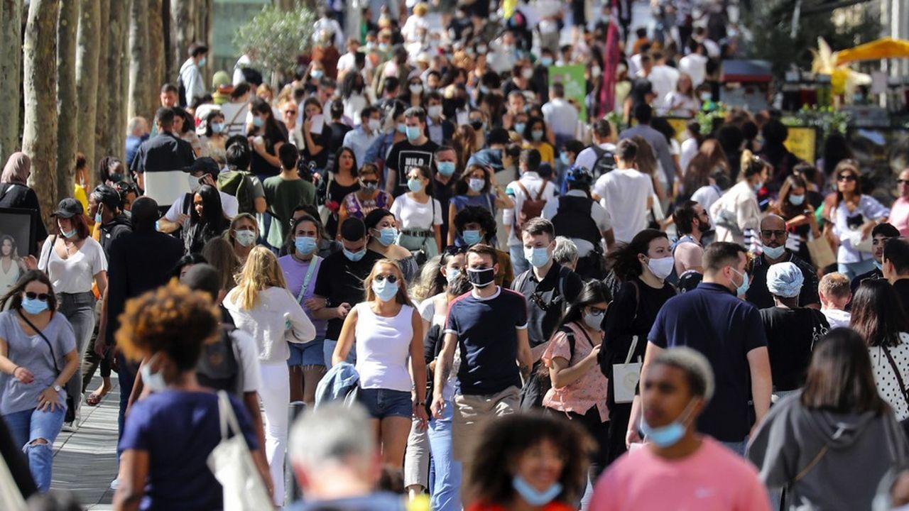 Depuis jeudi matin le port du masque est obligatoire dans les rues de Paris.