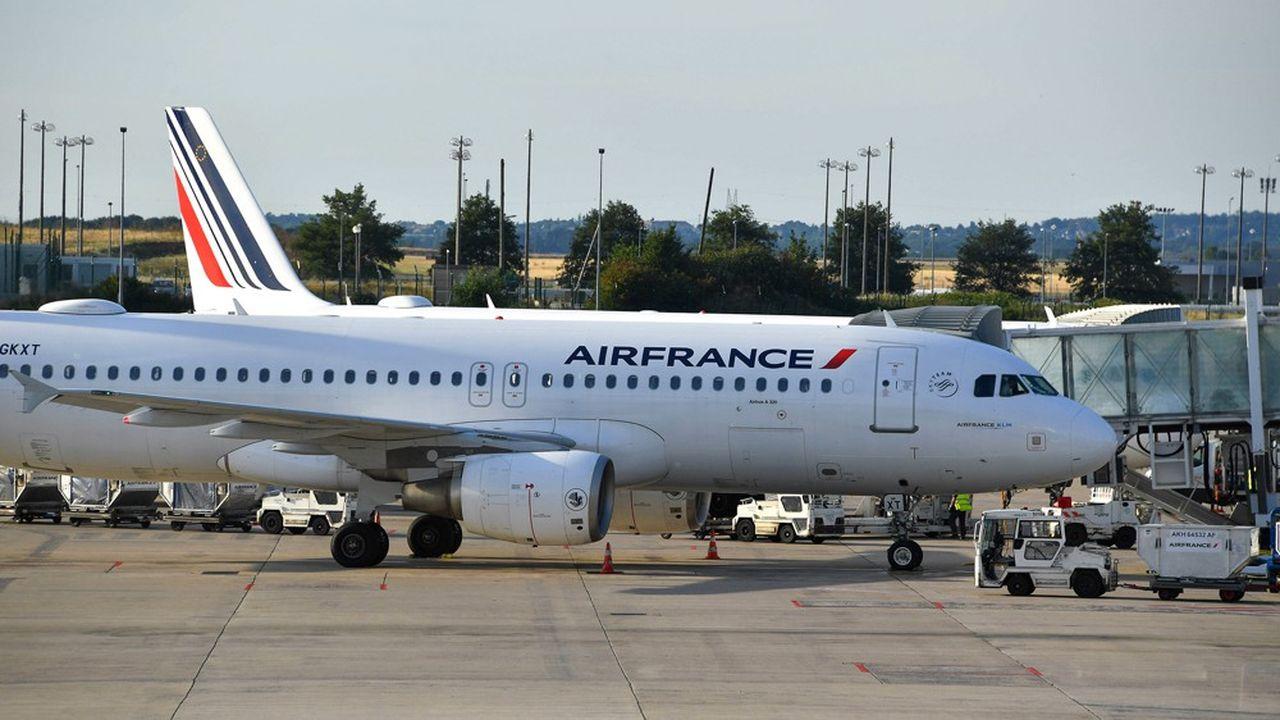 Air France dessert de nouveau 80% de son réseau, mais la demande ne suit pas.