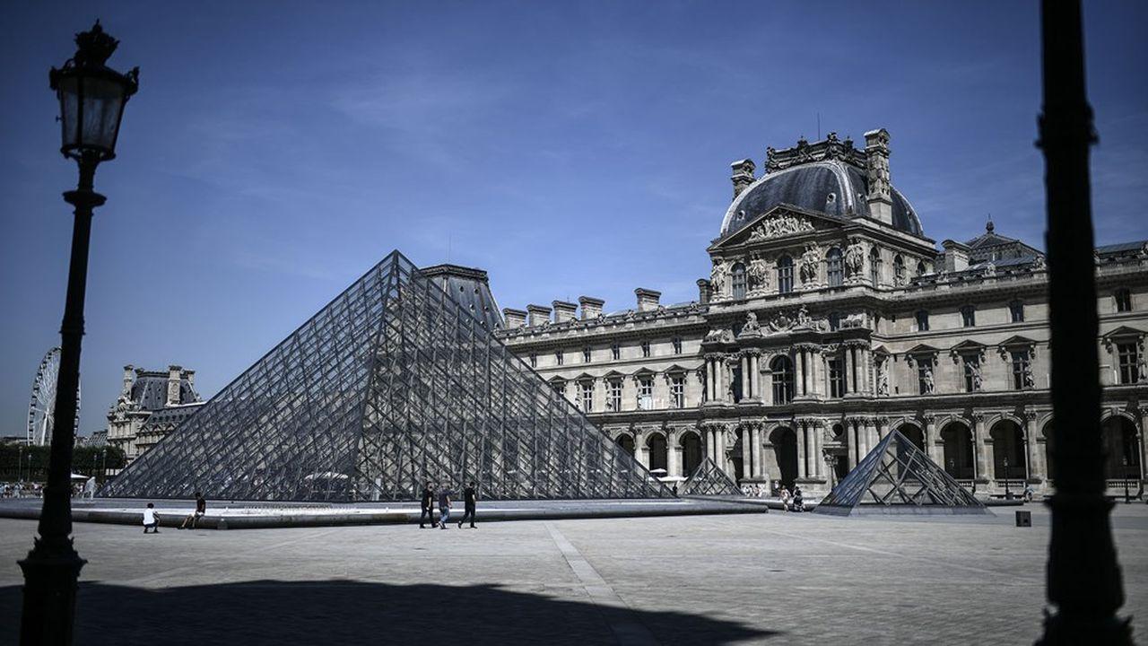 En dépit d'une timide reprise, les niveaux de fréquentation touristique sont de 50 à 60% inférieurs à la normale en Ile-de-France.