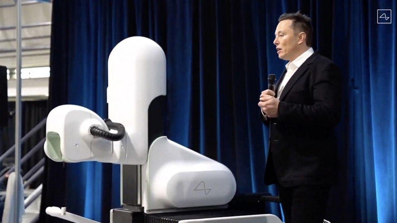 Elon Musk a présenté vendredi soir au cours d'une conférence virtuelle le résultat des premiers essais.