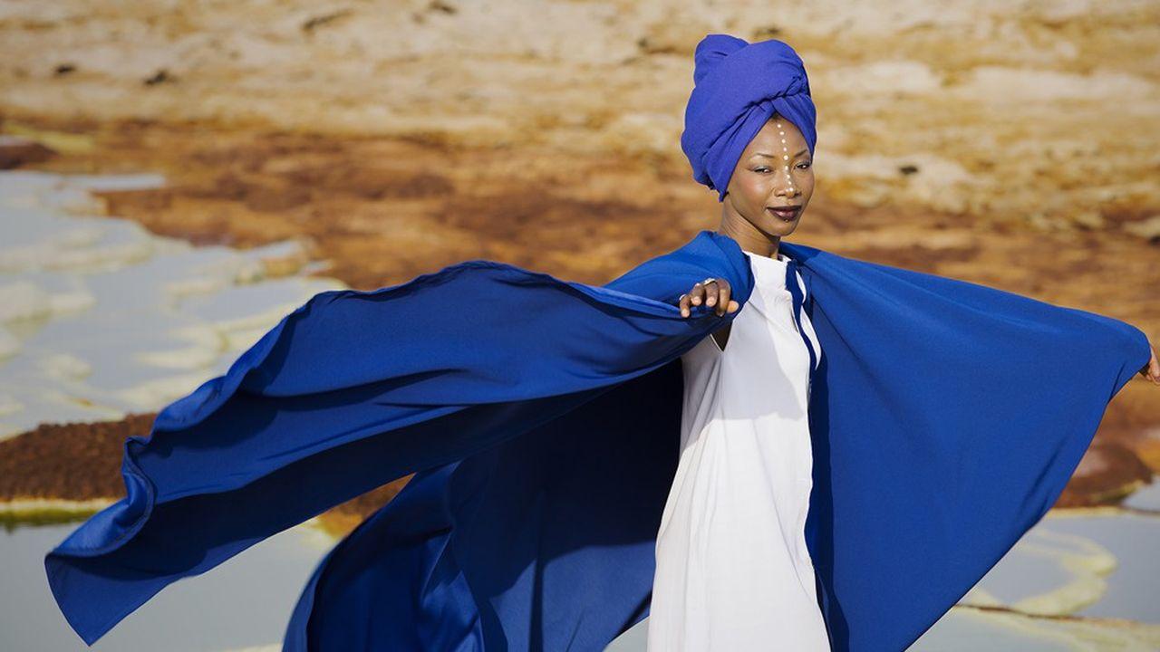Le festival se conclura par la prestation de l'une des plus grandes voix de l'Afrique moderne, Fatoumata Diawara.