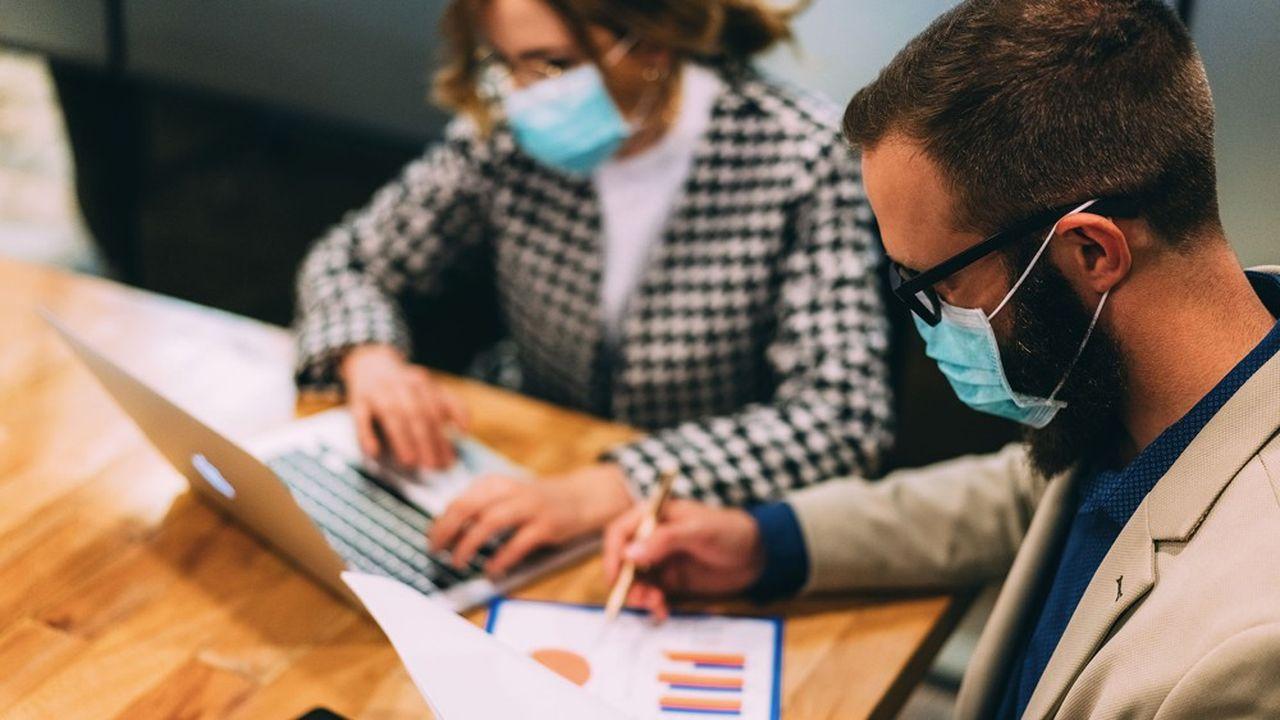 Les entreprises bénéficieront d'un délai pour appliquer la règle rendant le port du masque obligatoire.