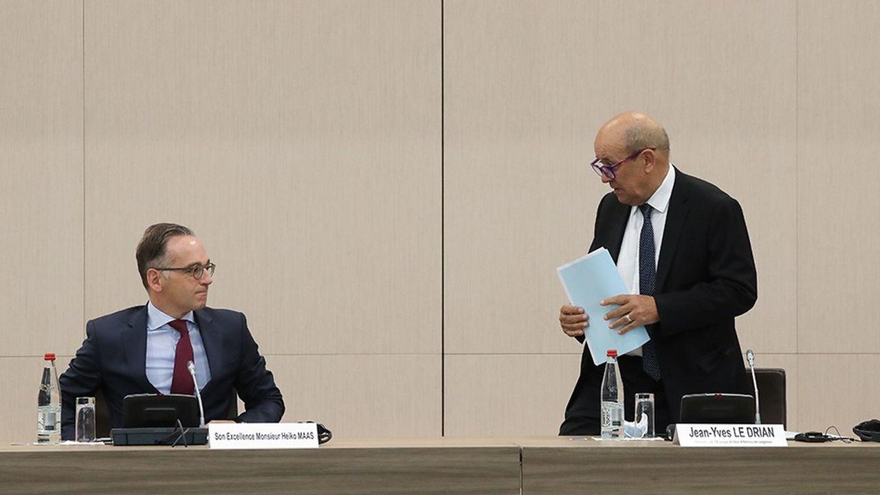 Le ministre des Affaires étrangères Jean-Yves Le Drian, avec son homologue allemand Heiko Maas, lors d'un séminaire à Paris le 31août.