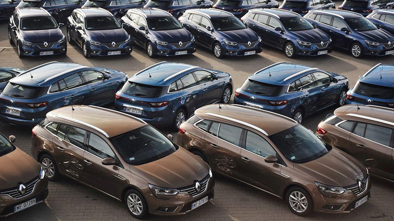 La chute a été particulièrement dure pour Renault puisque les immatriculations de voitures particulières neuves ont reculé de 20% pour la marque le mois dernier.