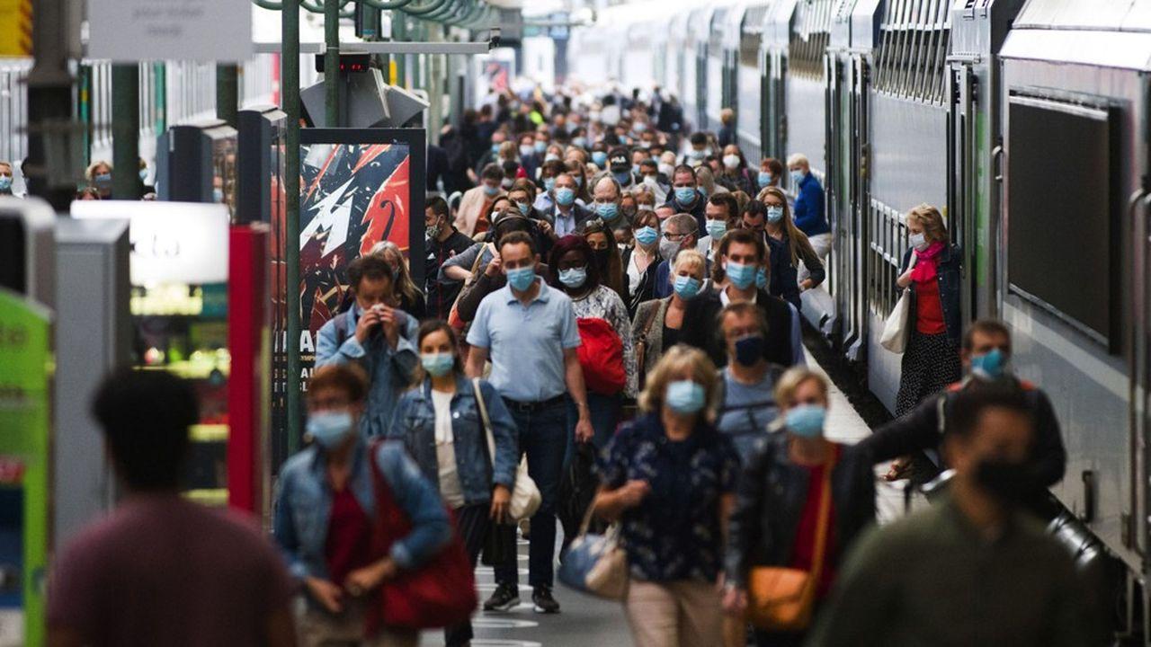 «La fragilisation d'une part croissante de la population française sera un inévitable enjeu électoral».
