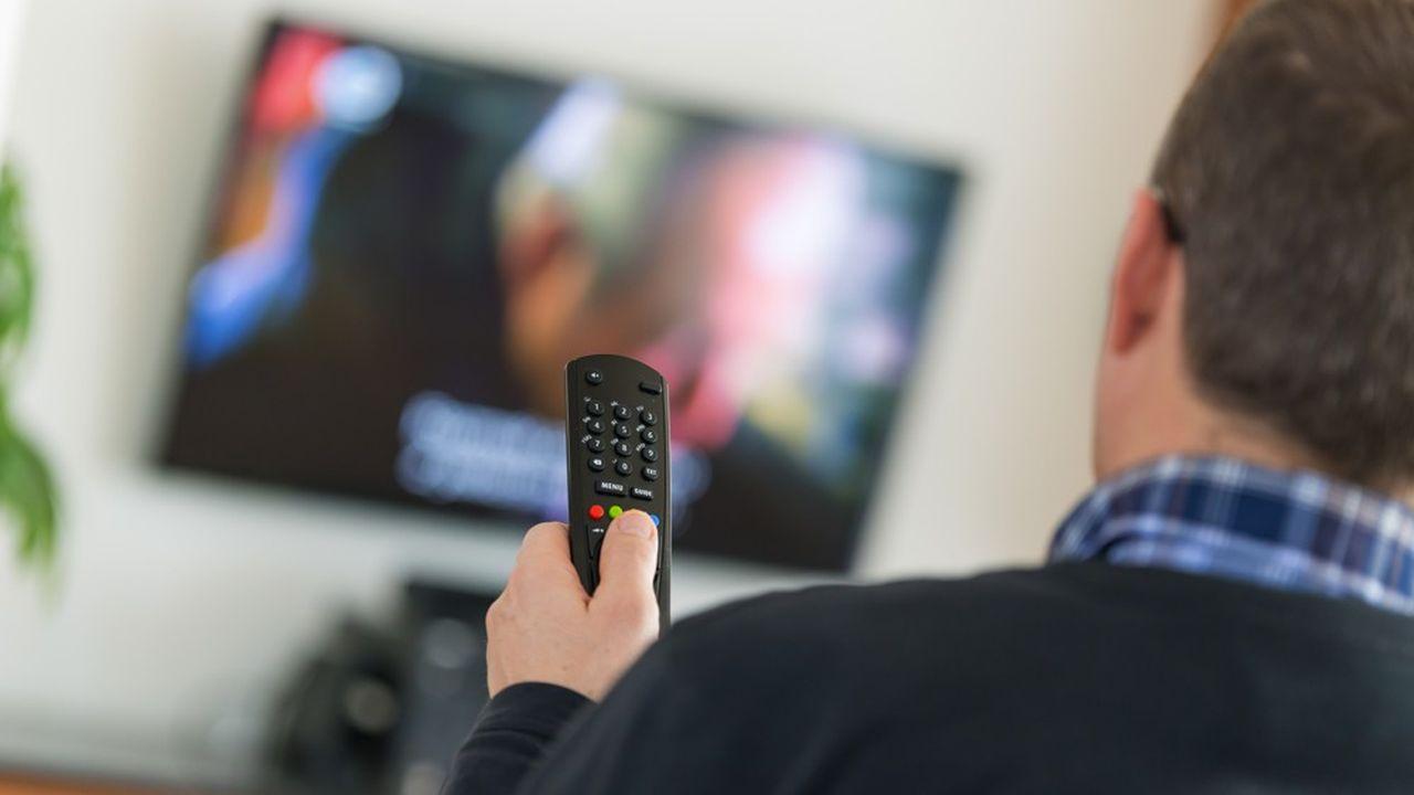 Le temps passé en streaming devant des contenus vidéo a bondi de 33% en unan, selon Nielsen.
