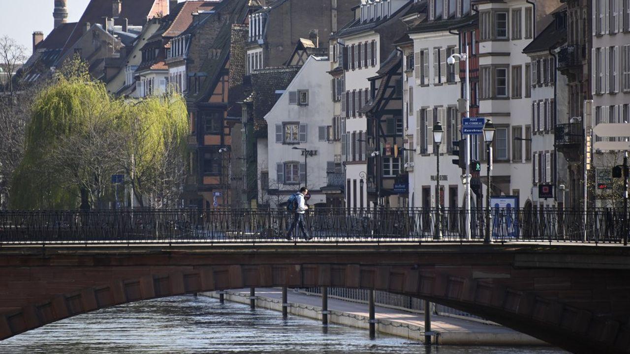 La maire de Strasbourg veut, à terme, «redonner 300 hectares à la nature».