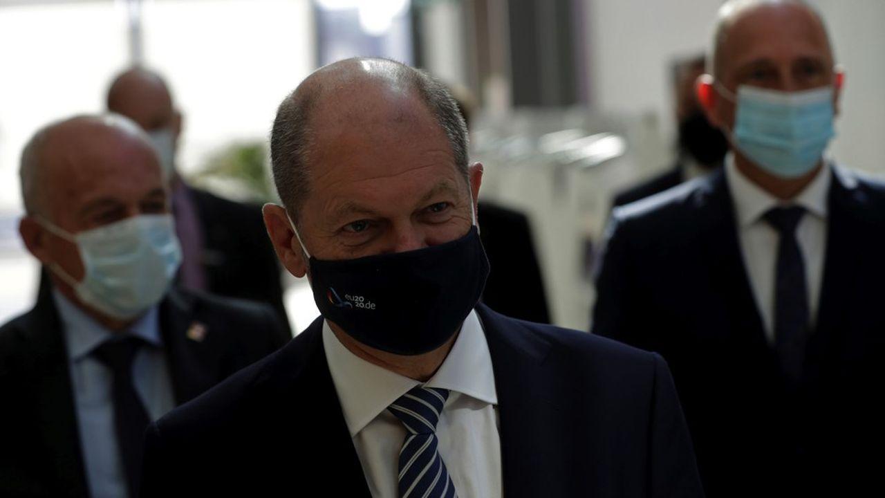 Le ministre des Finances, Olaf Scholz, auquel sont rattachées les questions de supervision financière, n'est autre que le candidat des sociaux-démocrates à la succession d'Angela Merkel.
