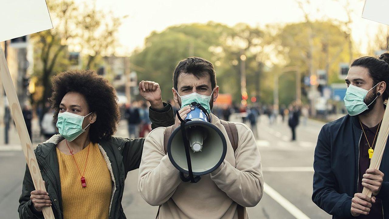 «Le vrai danger de cette pandémie est la bombe à retardement, mondiale, d'une génération qui a joué le jeu de ses aînés (...) et à qui on refuse jusqu'à un simple stage aujourd'hui»