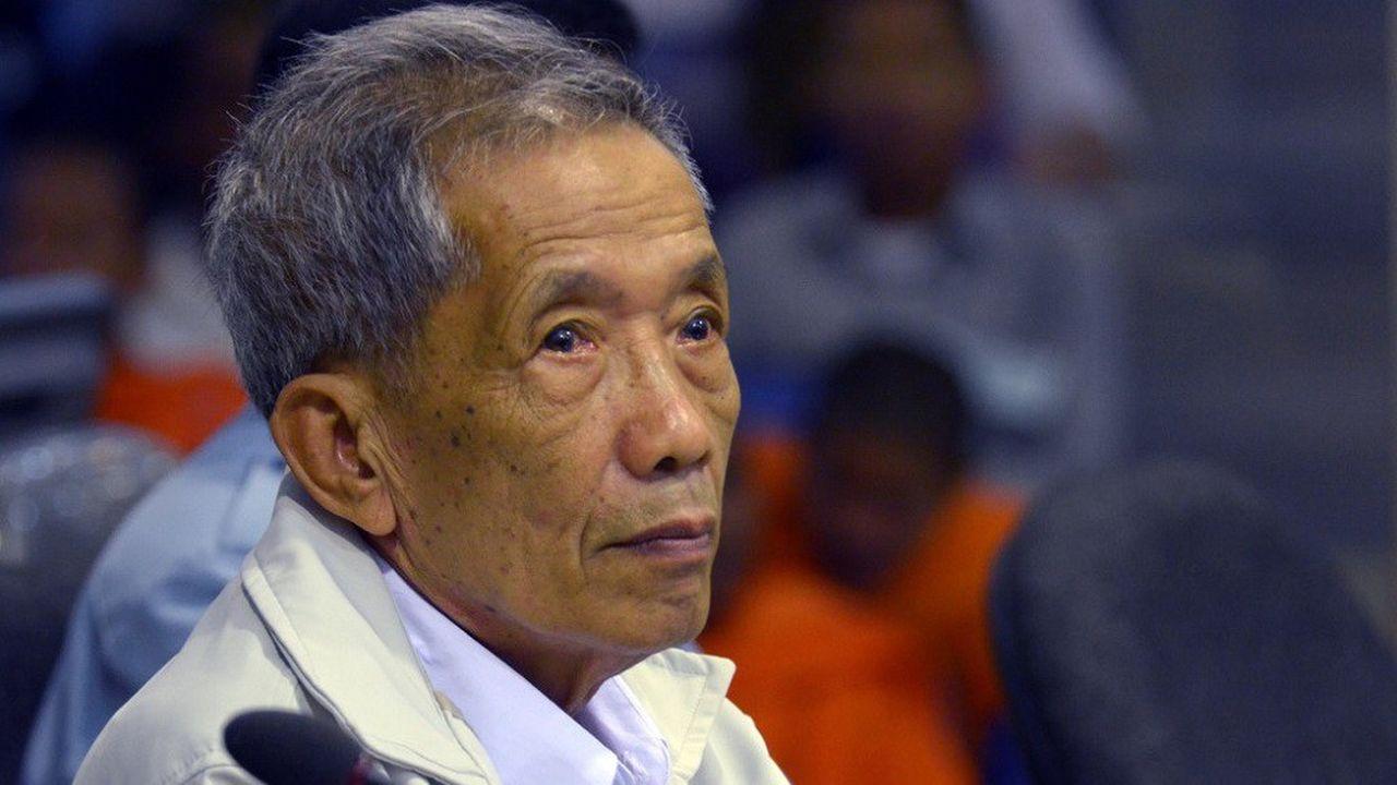 Arrêté en 1999, Kaing Guek Eav, alias «Douch», a été condamné en appel en 2012 à la perpétuité.