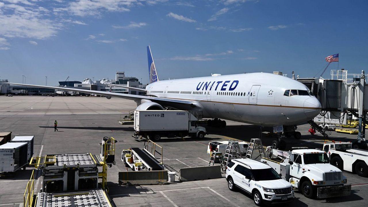 Comme son concurrent American, United Airlines veut adapter ses effectifs à une baisse durable de l'activité.