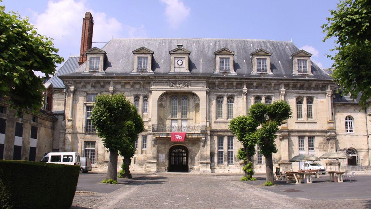 Le château de Villers-Cotterets disposera d'une enveloppe de 100millions d'euros.