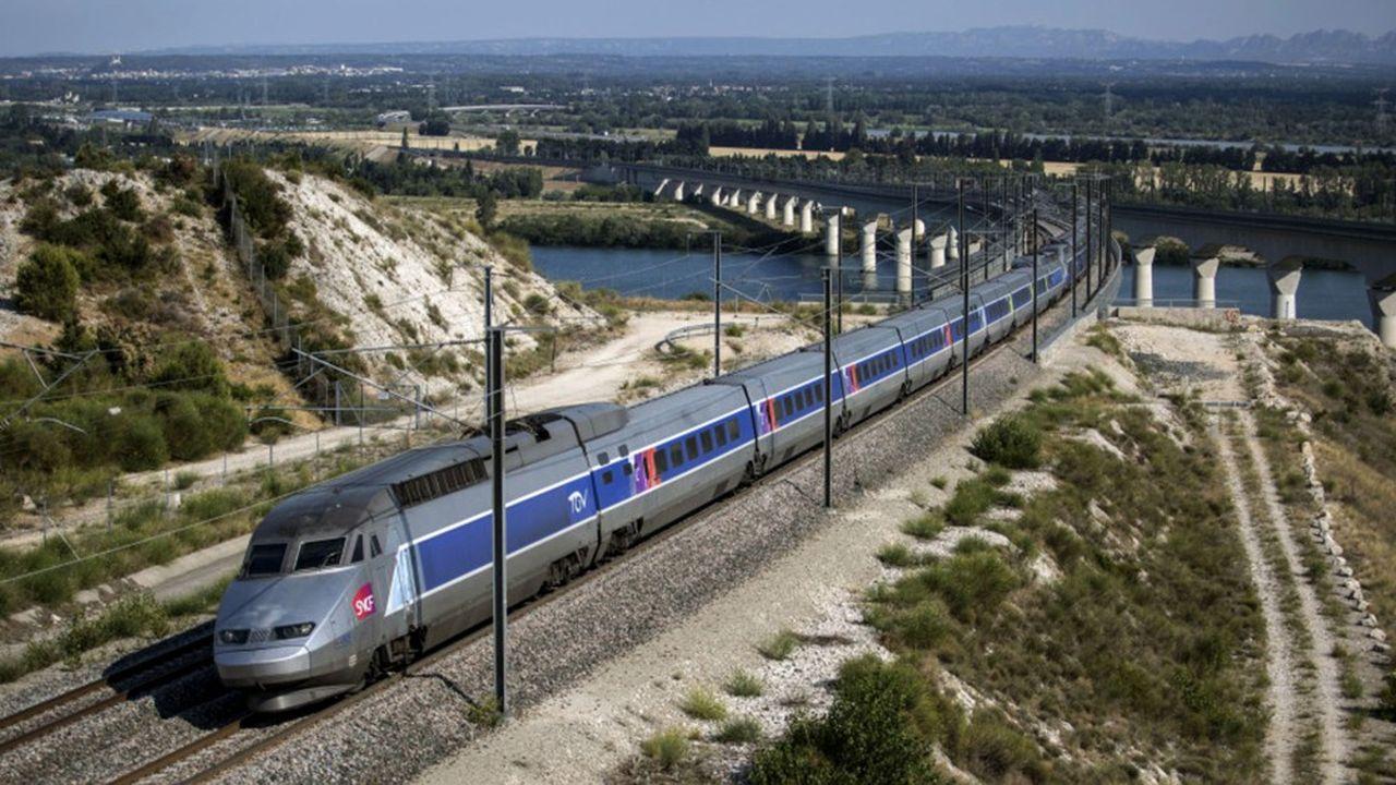 En principe, 60% des bénéfices nets du TGV doivent alimenter la modernisation du réseau ferré national. Mais cette année, tous les équilibres ont volé en éclats.