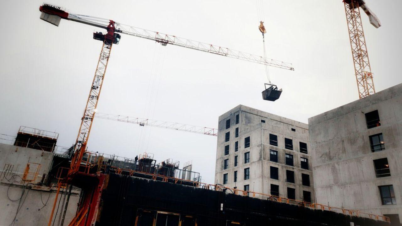 Une aide sera versée aux communes « à partir du moment où le permis de construire délivré autorise des mètres carrés de logements supplémentaires au-dessus d'un seuil de densité qui dépendra du type de collectivité »