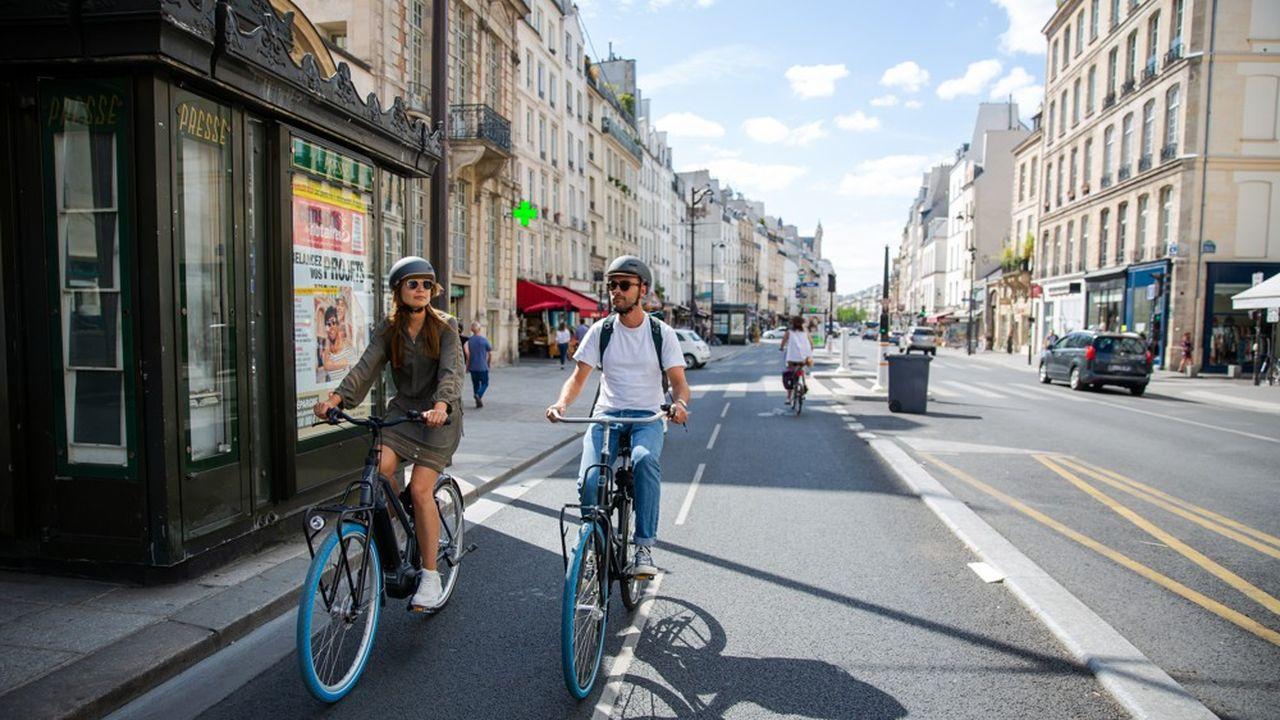 Les vélos de Swapfiets, très populaires aux Pays-Bas, vont bientôt faire leurs premiers tours de roue à Paris.
