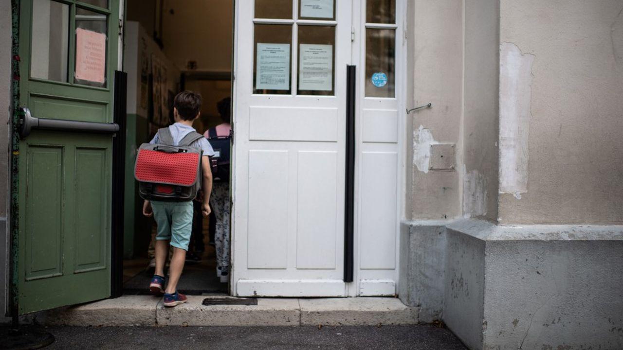 A la veille de la rentrée des classes, le nombre de cas détectés a surtout crû chez les enfants.