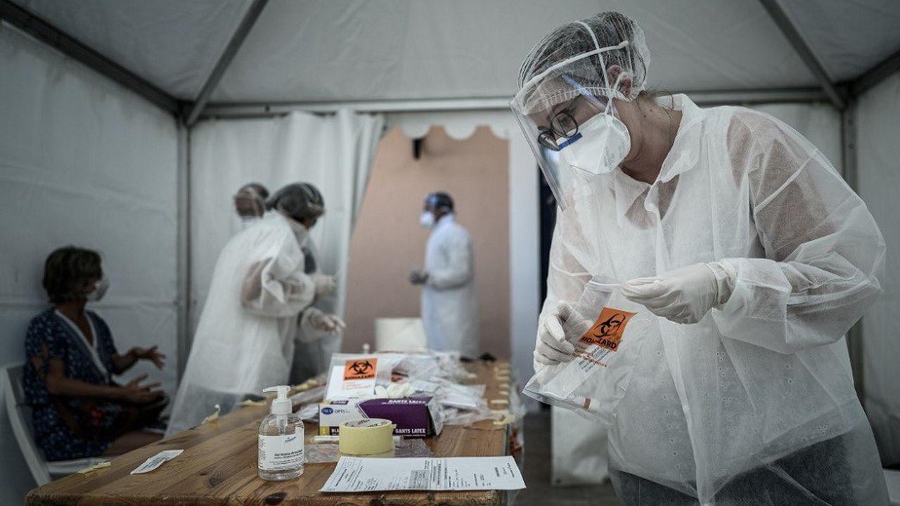 Le nombre de tests hebdomadaires pour la détection du Covid-19 dépasse le million en France.
