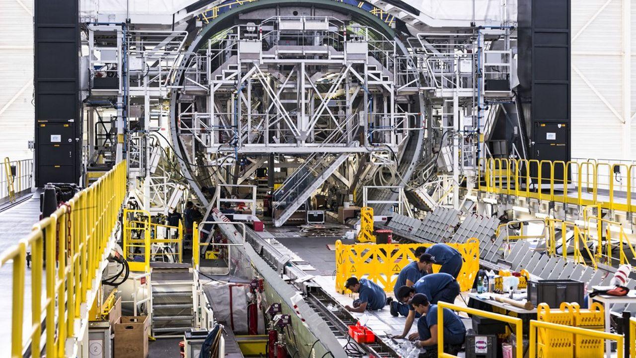 L'objectif affiché par la direction d'Airbus est toujours de supprimer près de 15.000 emplois dans le monde, dont environ 5.000 en France sur 28.679 salariés