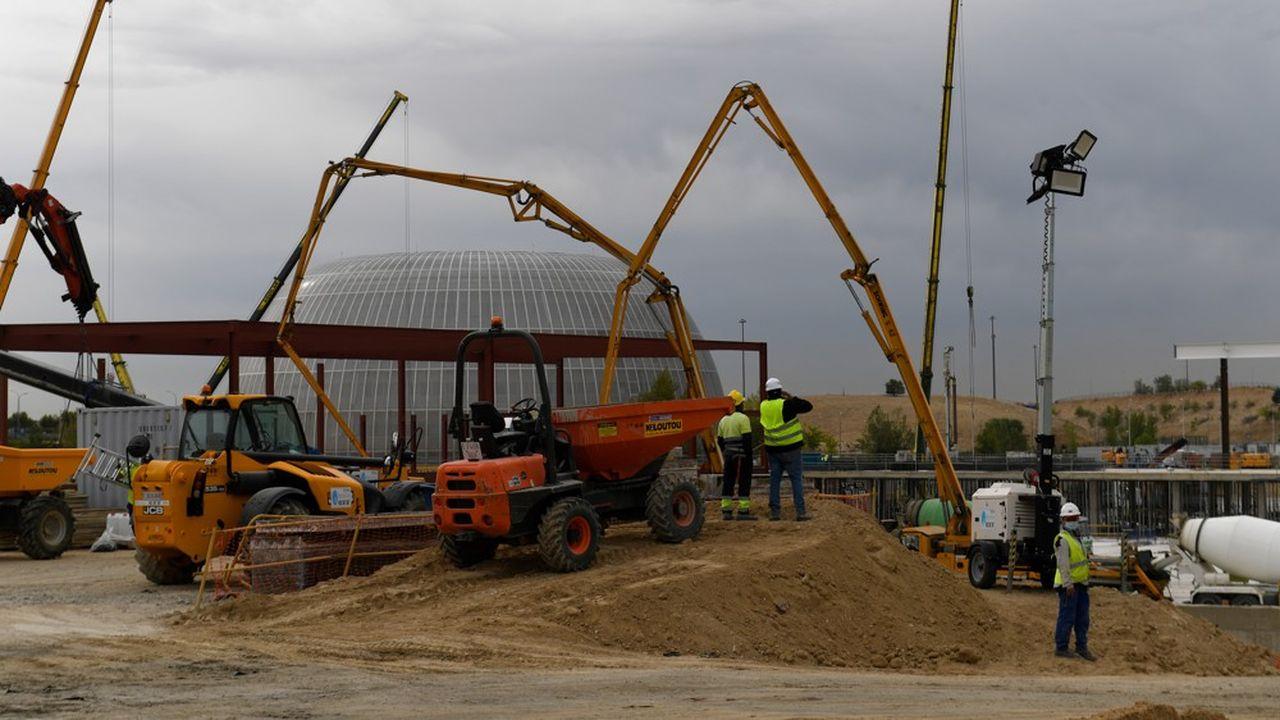 La région de Madrid fait construire un «hôpital des pandémies» dont l'ouverture est prévue en novembre.