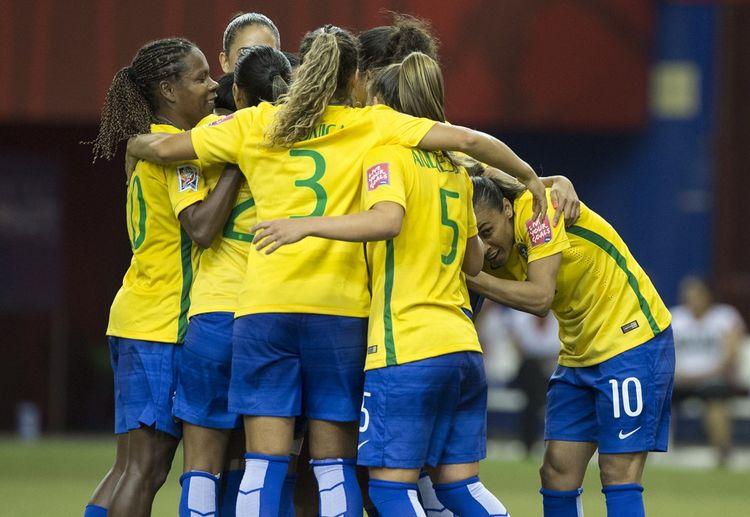 Les footballeuses brésiliennes toucheront le même salaire que leurs collègues masculins