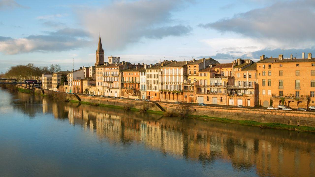 Le volume de ventes dans l'immobilier ancien a grimpé de 11% dans les villes moyennes entre2018 et2019 (ici à Montauban).