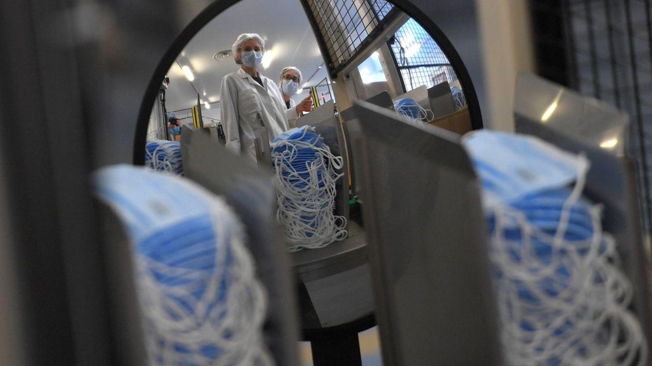 Une usine de masque à in Saint-Barthelemy-d'Anjou près d'Angers (Maine-et-Loire).