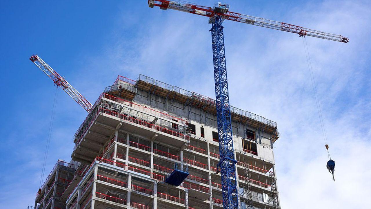 Pour stimuler le marché du neuf, la FFB réclame que l'Etat resolvabilise les ménages en doublant le prêt à taux zéro (PTZ) pour le passer de 20% à 40% du prix de la construction.
