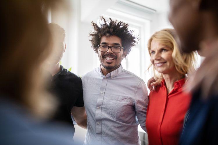 Les recherches d'image illustrant la «solidarité», la «diversité», les «vraies personnes» et l'«inclusion» ont augmenté sur Getty Image