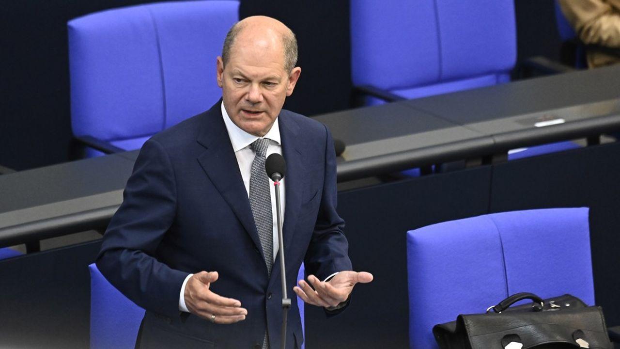 Interrogé durant une heure par les députés du Bundestag mercredi après-midi, le ministre des Finances, Olaf Scholz, a nié toute implication dans les scandales du Cum-ex et de Wirecard. (Photo by Tobias SCHWARZ/AFP)