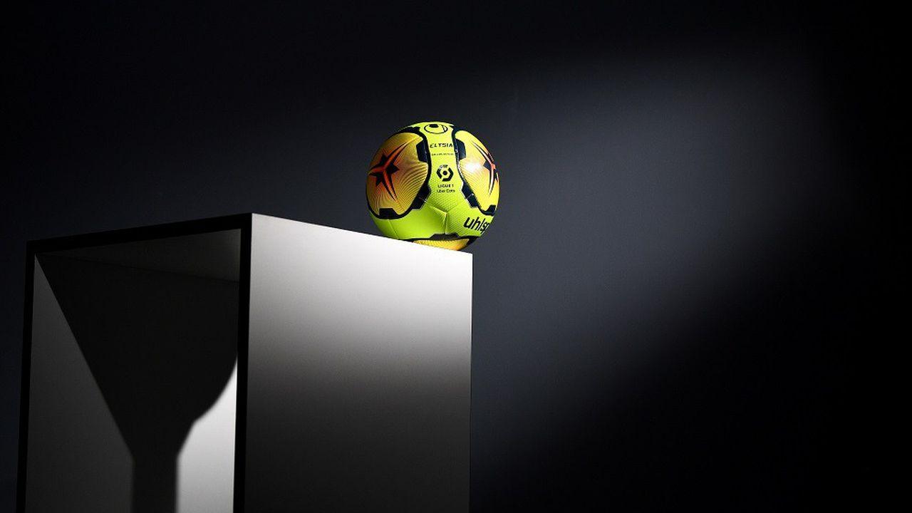Le championnat de France de football n'a pas pu aller à son terme la saison dernière, avec de graves conséquences financières pour les clubs.