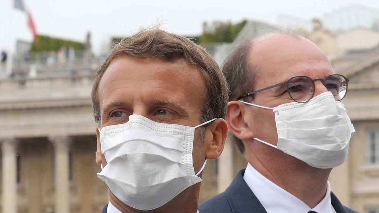 La cote de confiance d'Emmanuel Macron et de son Premier ministre, Jean Castex, est sous triple pression du virus, de la crise économique et du dossier sécurité.