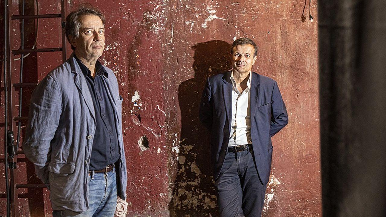 Olivier Mantei et Olivier Poubelle photographiés au théâtre des Bouffes du Nord.