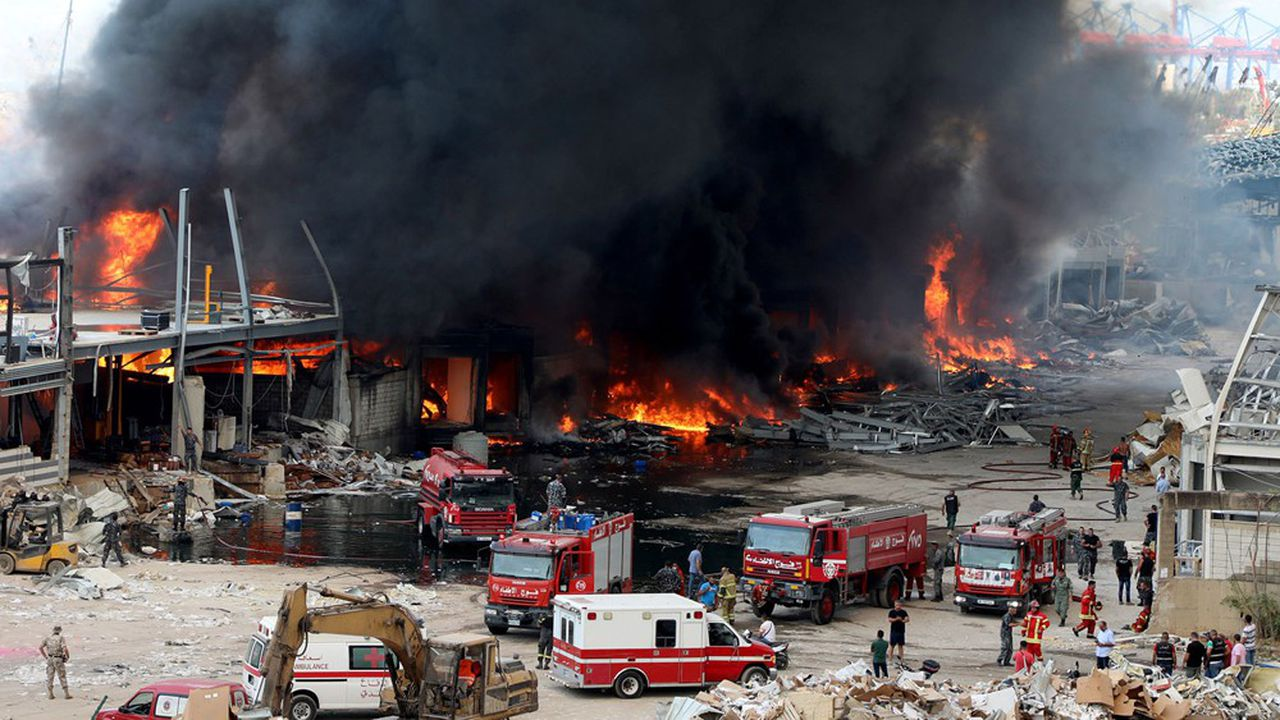 L'incendie avait été provoqué «soit à cause de la chaleur soit [à cause d'] une erreur», selon le directeur par intérim du port.