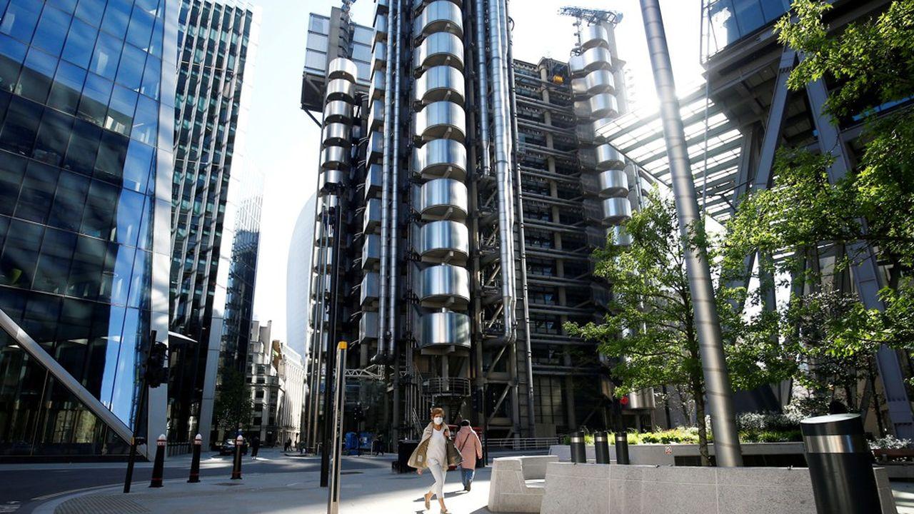 Le grand marché londonien a rouvert la semaine dernière la grande salle dédiée aux souscriptions dans l'immeuble qu'il occupe au coeur de la City… mais seulement à 45% de sa capacité d'avant la pandémie.