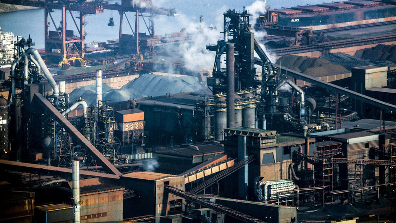 A Dunkerque, le sidérurgiste ArcelorMittal développe un projet de captage et de stockage du CO2 émis par le site, le plus émetteur de France.