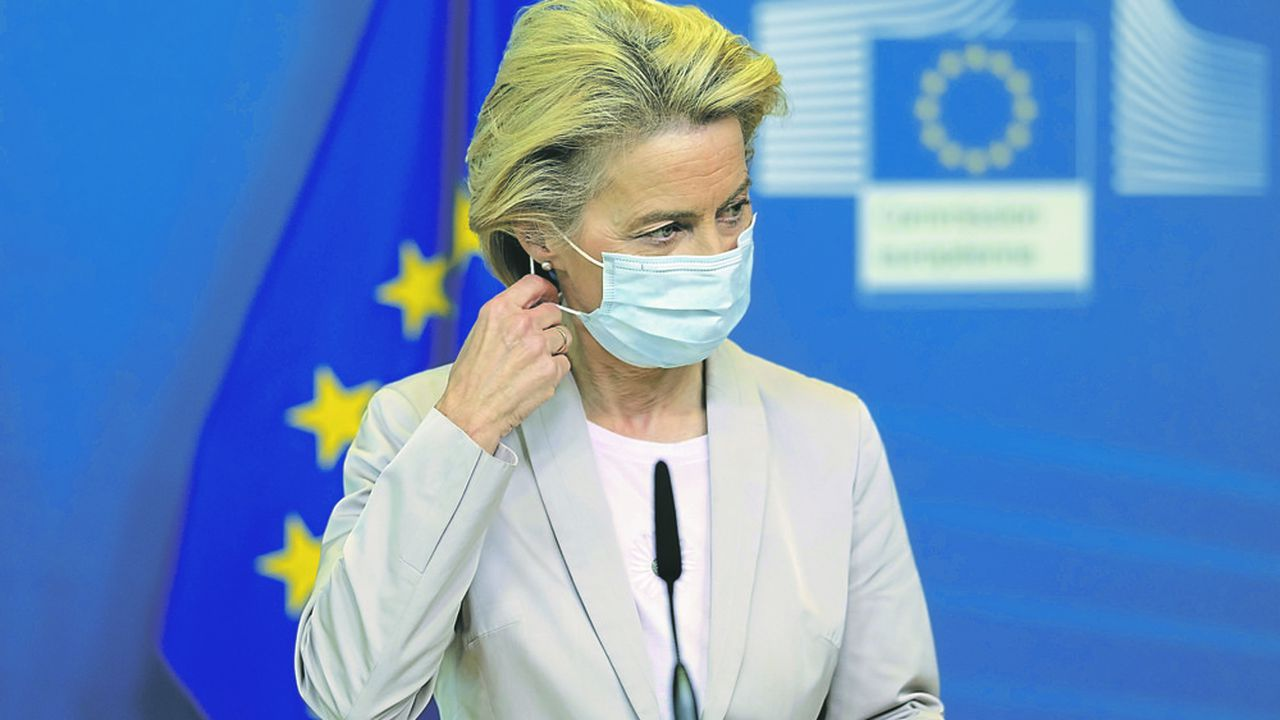 Ursula von der Leyen, la présidente de la Commission européenne, a publié un communiqué très ferme à l'égard de Londres.