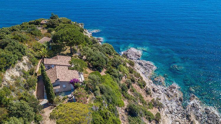 Un petit coin de paradis pour moins de 900 000 euros.