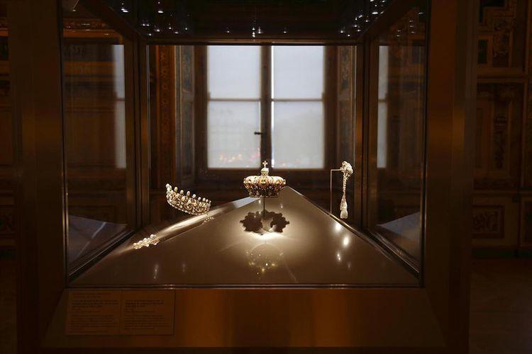 Les joyaux de Napoléon III, galerie d'Apollon, musée du Louvre