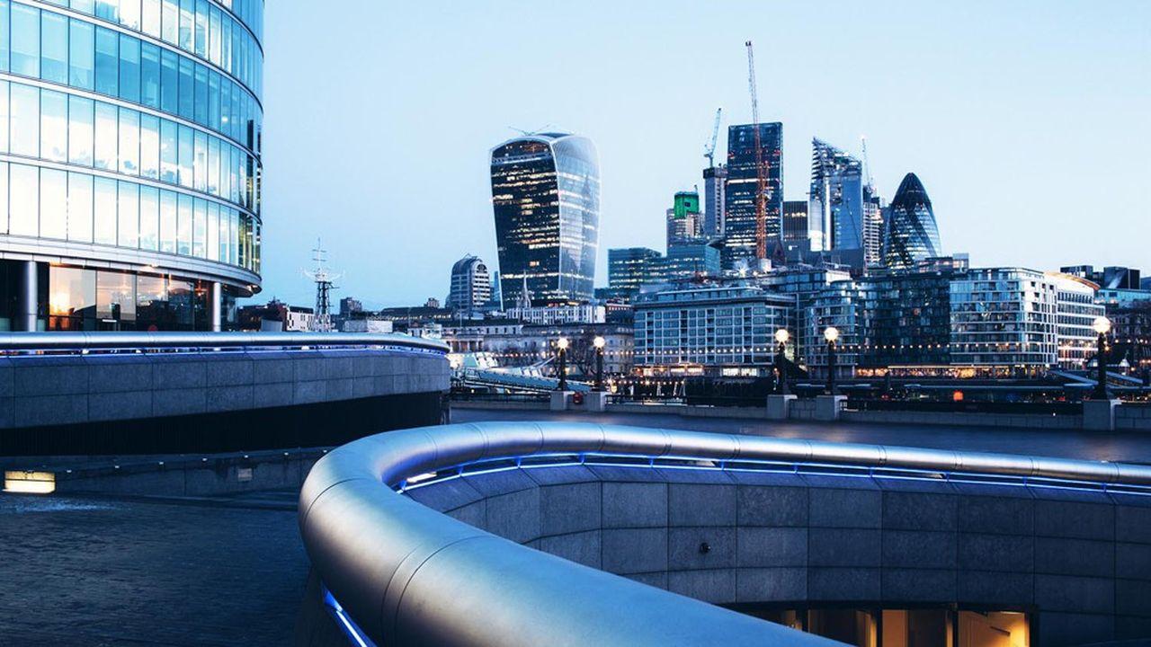 Inquiets des conséquences néfastes sur l'économie britannique d'une sortie conflictuelle de l'Union européenne, les investisseurs sont sortis massivement des fonds actions britanniques ces derniers mois.