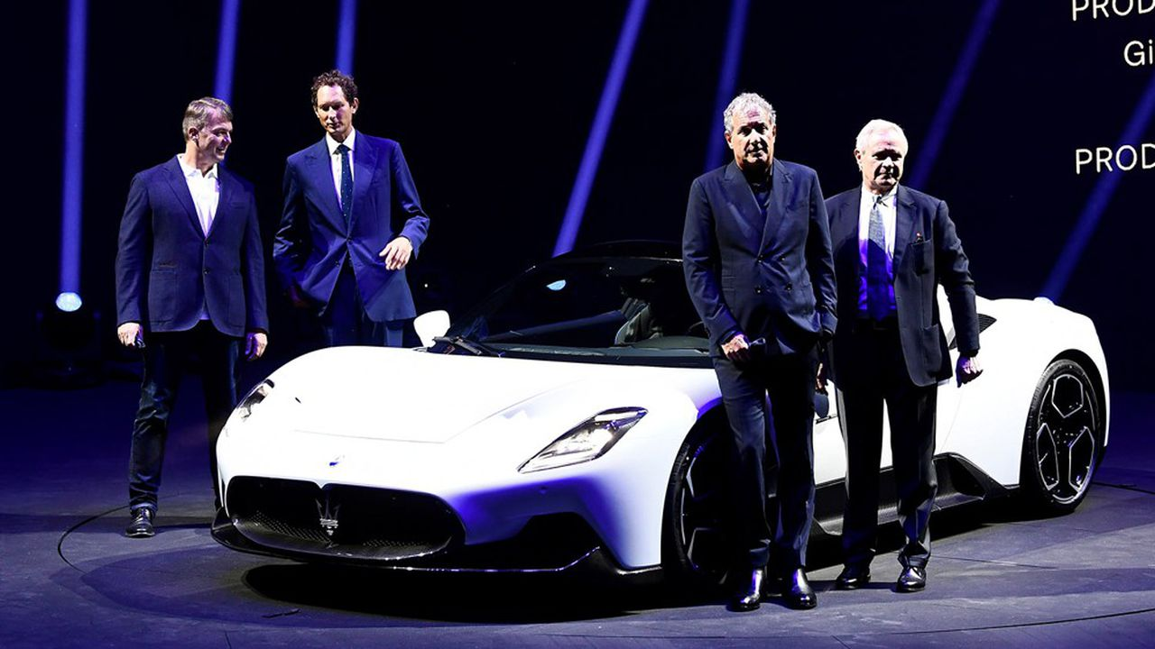 John Elkann et Mike Manley, respectivement président et directeur général de Fiat Chrysler (à gauche) avaient fait le déplacement à Modène pour le lancement de la MC20, la nouvelle «supercar» de Maserati.