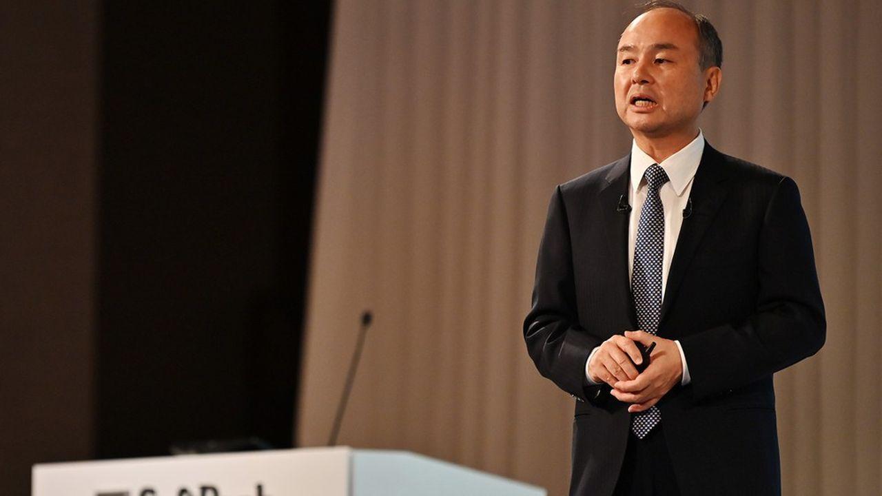 Le patron de SoftBank, Masayoshi Son, s'est engagé à vendre des actifs pour redresser le cours de Bourse du groupe.