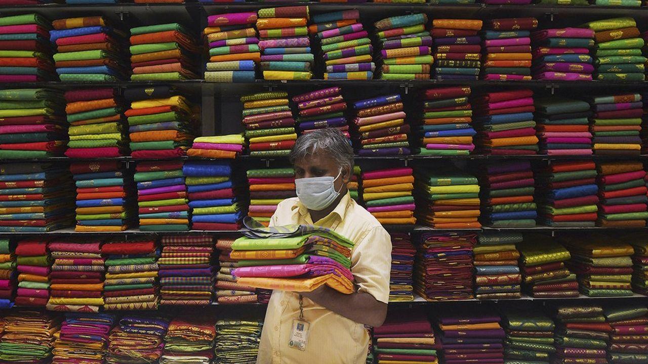 «Les classes moyennes en Inde souffraient déjà, avant l'apparition du virus, d'un fort ralentissement économique intervenu au cours des derniers mois»