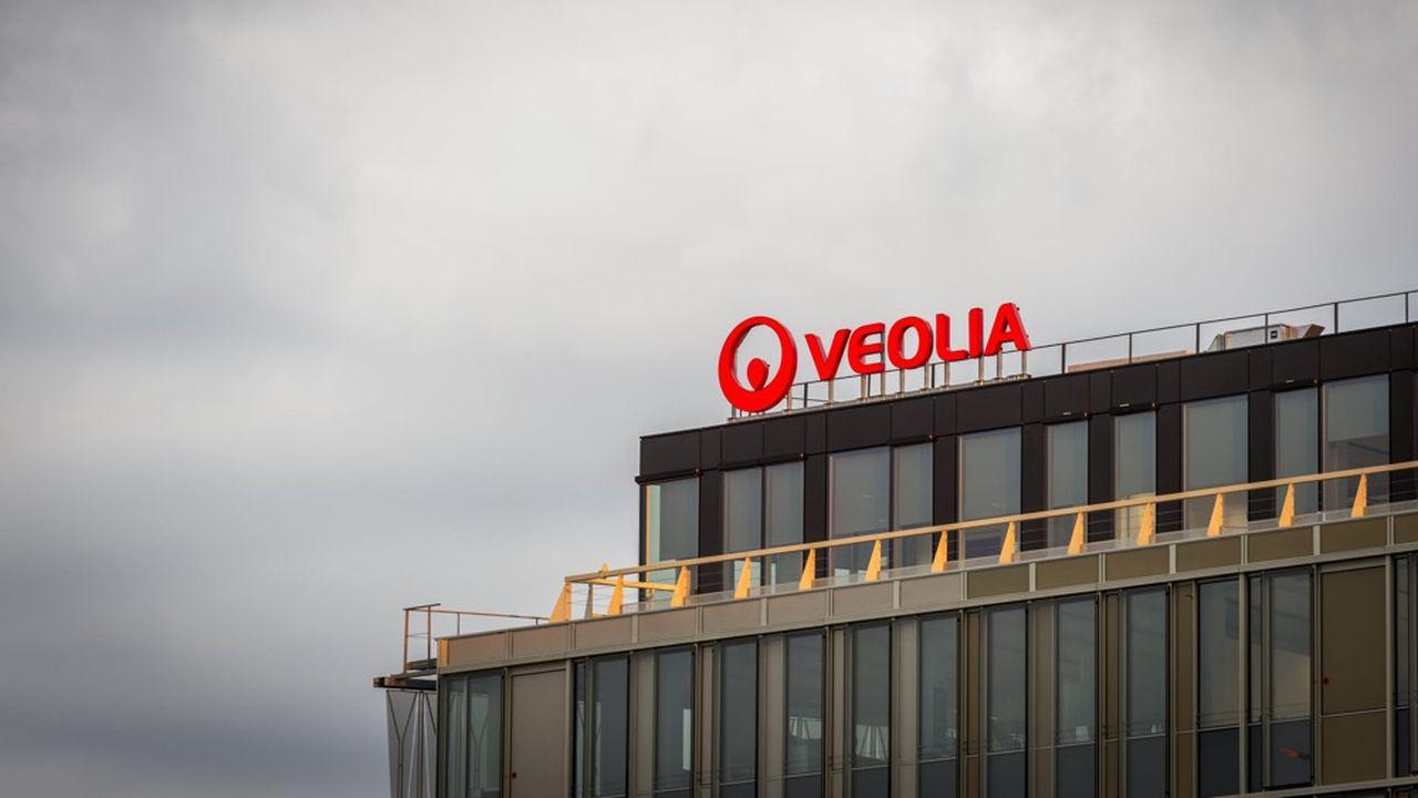 Immeuble le 'V', nouveau siege social de Veolia Environnement, facade, exterieur, architecture