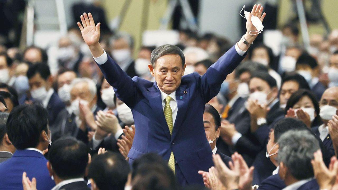 L'ancien bras droit de Shinzo Abe sera automatiquement élu, mercredi, à la tête de l'exécutif.