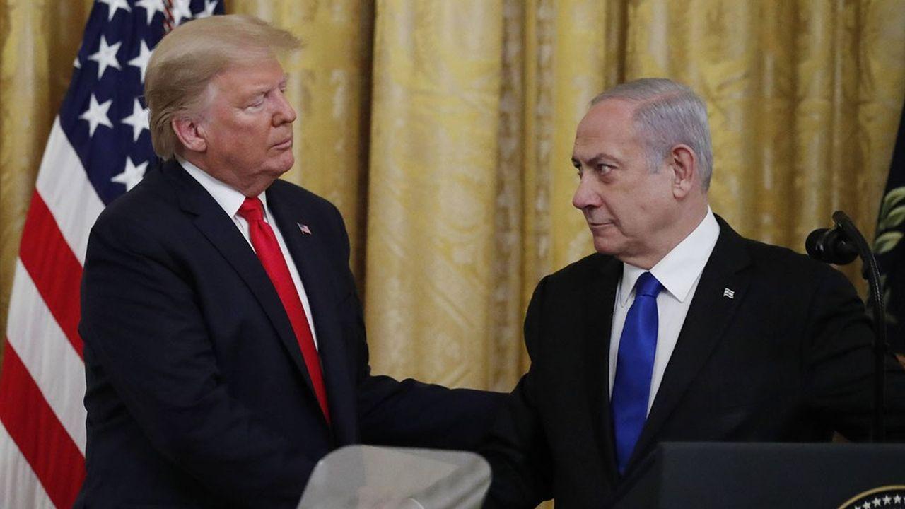 Le Premier ministre israélien Benjamin Netanyahou et le président américain Donald Trump espèrent tous deux tirer un crédit personnel des accords passés avec les Emirats arabes unis et Bahreïn.