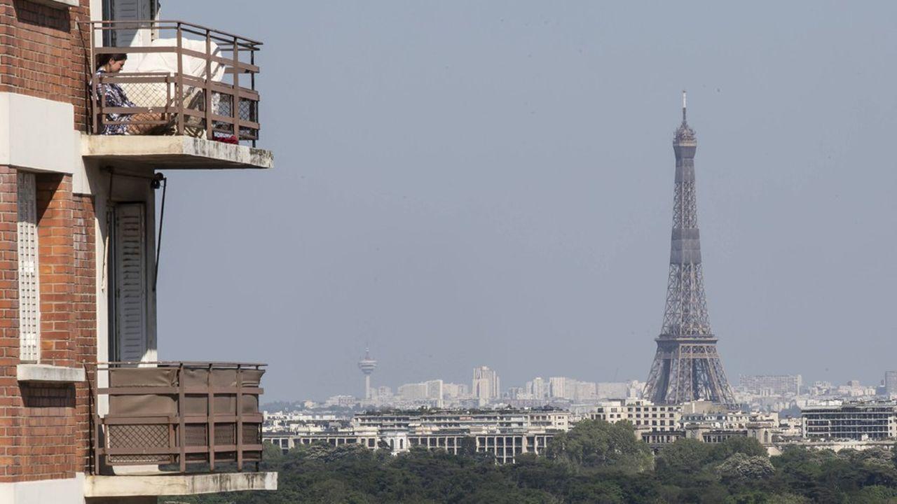Eu égard aux conditions anticycloniques dans lesquelles le confinement a eu lieu, «c'est probablement un important épisode de pollution de l'air qui a pu être évité» sur Paris et son agglomération, estime les experts d'Airparif et du CNRS.
