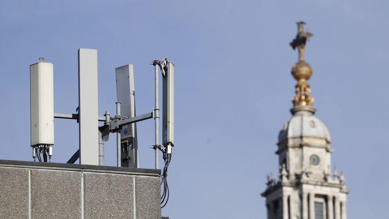 La 5G peut fonctionner sur de nombreuses bandes de fréquence radio.