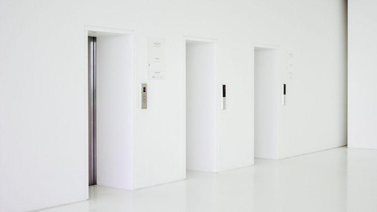 Créée il y a 3 ans, WeMaintain, start-up digitale, vise à moderniser l' industrie de l'entretien des ascenseurs.