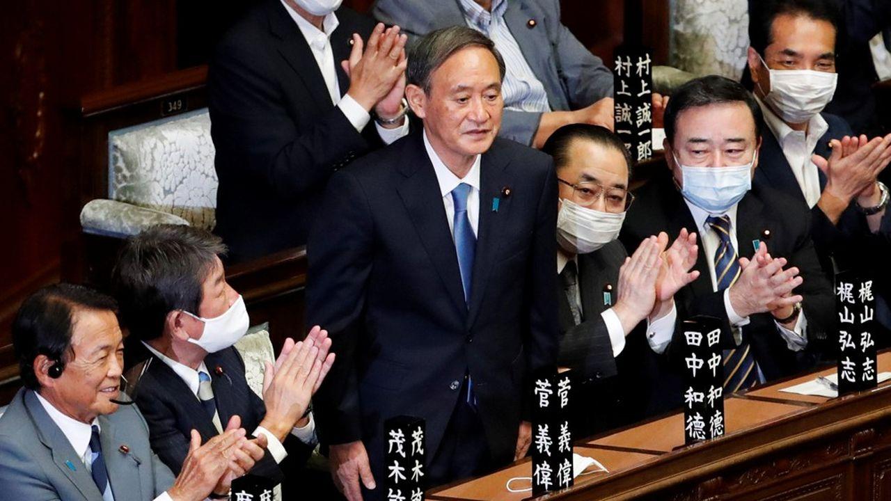 Yoshihide Suga, le nouveau chef du gouvernement, a promis de poursuivre les Abenomics.