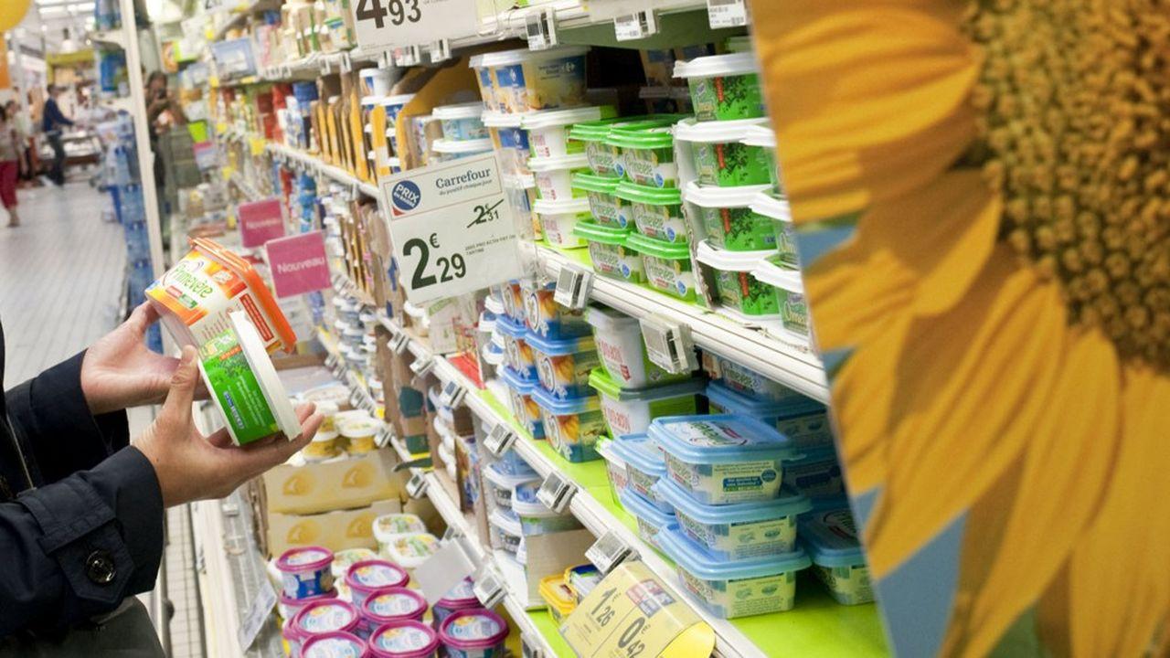 St Hubert et Upfield dominent le marché de la margarine en France avec des parts de marché deux fois supérieures à celles de Lactalis (Primevère) et des MDD, ex aequo avec 15% des ventes.